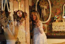 ~ Home: Fifi O'Neill Style ~
