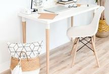 Home Office Decor / workspace // office decor // interior design // at home office // how to decorate an office // office design // work from home // office decorations // office furniture