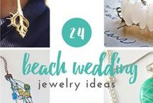 DIY Wedding Jewelry Inspiration / Get inspiration for your big day from these gorgeous jewelry designs. Find free jewelry patterns for DIY jewelry that is perfect for brides and bridesmaids. Homemade wedding jewelry helps make your big day special. Any of these bridal jewelry projects would be perfect for your wedding!