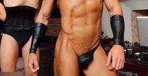 shirtless dj - a petto nudo