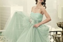 Green Wedding Ideas / From mint and apple to emerald and olive, let our green wedding ideas inspired you!