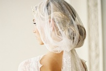 Bridal Accessories / All the accessories you could need to complement your wedding outfit.