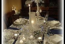 Christmas Table / Christmas tablescapes, buffets, place settings, centerpieces and serving pieces