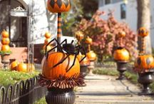 "Halloween Haunt ""Lite"" / Kid friendly, traditional and 'just fun' outdoor Halloween decor.  / by Chellie Hailes"