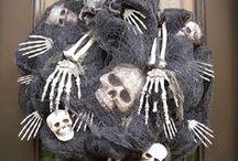 Halloween / Halloween costume ideas and decorations