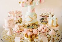 Delicious Dessert Tables / Tempt your guests with mini desserts, macaroon towers and fondant fancies
