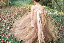 November's Topaz - Birthstone Wedding Ideas / Let the rich tones of November's topaz inspire your wedding palette