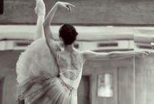 B a l l e t • d a n z a / Dance: feel the art in your body!