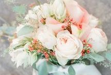 Summer Mint and Peach Wedding Ideas / The beautiful combination of mint green and peach for a Summer wedding