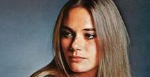 "Icon: Peggy Lipton (1946 - ) / Margaret Ann ""Peggy"" Lipton is an American actress and former model. Lipton became an overnight success through her best-known role as flower child Julie Barnes in the ABC counterculture television series The Mod Squad (1968–1973) for which she won the Golden Globe Award for Best Actress – Television Series Drama in 1970. Her fifty-year career in television, film, and on stage included many roles, most notably that of Norma Jennings in David Lynch's surreal Twin Peaks."