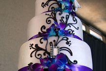 Satisfying cakes.