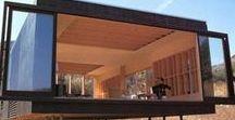 Tiny Houses - großes Design für kleine Häuser / Das ist Minimalismus in Perfektion - diese kleinen Häuser bieten eine perfekte Mischung aus Funktion und Design. Hier kann man viele inspirierende Einrichtungsideen für kleine Räume finden. Mir gefällt das reduzierte Design und der Fokus auf die wesentlichen Dinge.