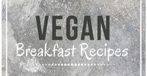 Vegan Breakfast Recipes / Easy vegan breakfast recipes. Follow for awesome vegan breakfast inspiration from around the web!