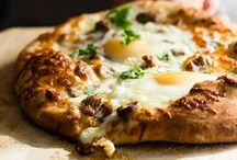 ***Recipes: Pizza*** / Pizza pie recipes are my passion. Everybody loves a good pizza!