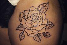 Tatuaggi e disegni di rose