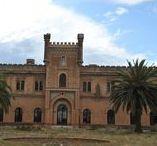 Las Poyatas / Edificio característico en la Provincia de Badajoz. Fue un sanatorio de tuberculosos en los años 50.