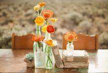 Ca change du centre de table / #epingler #wedding #centerpiece #centredetable #fleurs #flowers #mariage #original