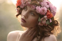 Inspiring Crowns / by Sonia Caceres