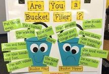 Bulletin Boards & Charts / Anchor charts are super useful for organizing key material. Here are some of the best posts and resources I've found for anchor charts and classroom posters.