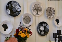 Silhouette - Buckets - Chargers - Metal / Here are many ideas using plastic buckets, metal tins, plates, and plastic Chargers(plates) / by Lisa Seebo