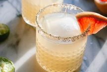 Fun Cocktails / Who doesn't love a good cocktail. Found some fun drinks to try!