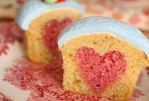 cupcakes / the cutest cupcakes around, great recipes to try and fun decorating ideas all about cupcakes