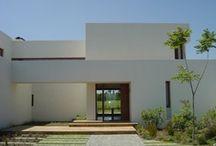 Arq Residencial Sud America / Entre ellas, algunas obras mías / by Ximena Moreno M - arquitecto