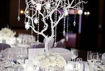 I Thee Wed / Inspiration for the perfect Winter Wonderland wedding. White, silver, ornaments, and lots of glitter!