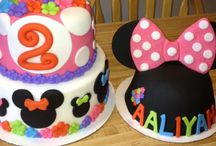 Wilson Cakes and Events / My cakes, special catering jobs and hand made decorations! / by Brandee Wilson