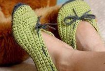 Chinelos/Slippers e Meias/Socks