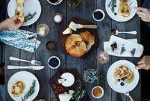 EATING OUTSIDE / Dining al fresco.