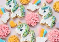 Unicorn & Mermaid Cookies / Beautifully decorated cookies on magical creatures, such as Unicorns and Mermaids
