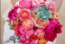 Sugar Flower Inspiration / Flowers and arrangements that would great in sugar. Flower paste inspirations.