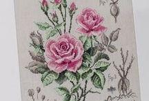Roses in x stitch