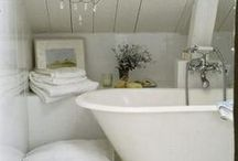 Love My Bathroom / Gorgeous bathtubs, sensational showers, it's all here / by Jane Ellen