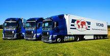 VCHD Cargo a.s. / Naše společnost VCHD Cargo (dříve Východočeská dopravní) byla založena v roce 1997 v Havlíčkově Brodu a postupně rozvíjela svoji nabídku kamionových přeprav a souvisejících služeb pro dopravce a motoristy. V současné době nabízíme jako dopravce s vlastní moderní flotilou nákladních vozů a výměnných nástaveb široké portfolio služeb v oblasti mezinárodních a tuzemských silničních přeprav.  www.vchd.cz