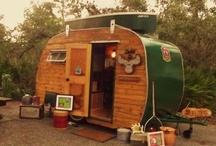 Vintage Trailers / by Holly Melloch
