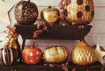 Holiday- Halloween / Halloween Decor, Activities, Crafts and Food