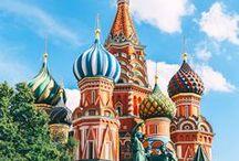 Voyager en Russie / Venez découvrir les richesses de Moscou et Saint-Petersbourg. Le charme de ces villes et l'histoire qui les habite vous fera aimer la Russie. Parfait pour un séjour à deux, en famille ou entre amis.