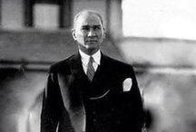 """Mustafa Kemal Atatürk / """"Cumhuriyet ahlaki fazilete dayanan bir idaredir. Cumhuriyet fazilettir. Sultanlık korku ve tehdide dayanan bir idaredir. Cumhuriyet idaresi faziletli ve namuslu insanlar yetiştirir. Sultanlık, korkuya ve tehdide dayandığı için korkak, alçak, sefil ve rezil insanlar yetiştirir. Aradaki fark bunlardan ibarettir.""""   Mustafa Kemal Atatürk"""