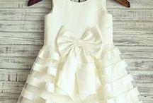 Robes habillées pour fille / Des belles robes pour que les princesses puissent briller pendant une réunion ou un événement