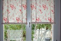 Curtains and Drapes / Les rideaux