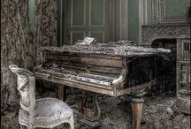 Beauty in decay / by Helena Rentmeester