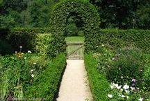 Potager / Potager ~ Herb Garden ~ Vegetable Garden ~ Witches Garden