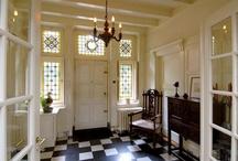 Vestibule / Entrances, hallways, foyers, vestibules & staircases