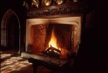 Stoves, Mantles & Fireplaces / Le poêle est un appareil de chauffage rudimentaire.