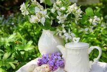 Tea in the garden / Solitary tea, high tea or afternoon tea: tea in the garden is always a good decision.