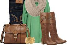 What I wish my closet looked like / by Carmen Pionk