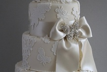 WEDDING CAKE / To pretty to eat. / by Marnie Fuchs Martin