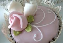 Cupcakes | Weddings / by Serendipity Weddings & Nails